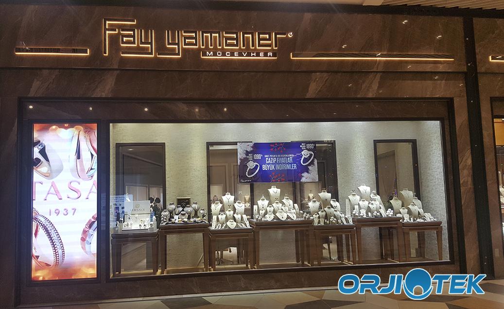 Mağazalarda Led Ekranlar İle Görsel Şölen